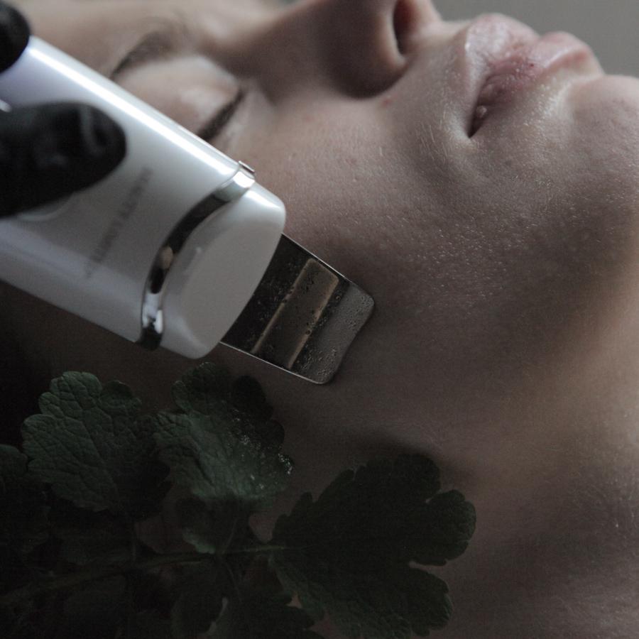 peeling kawitacyjny w Verde Massage & Beauty