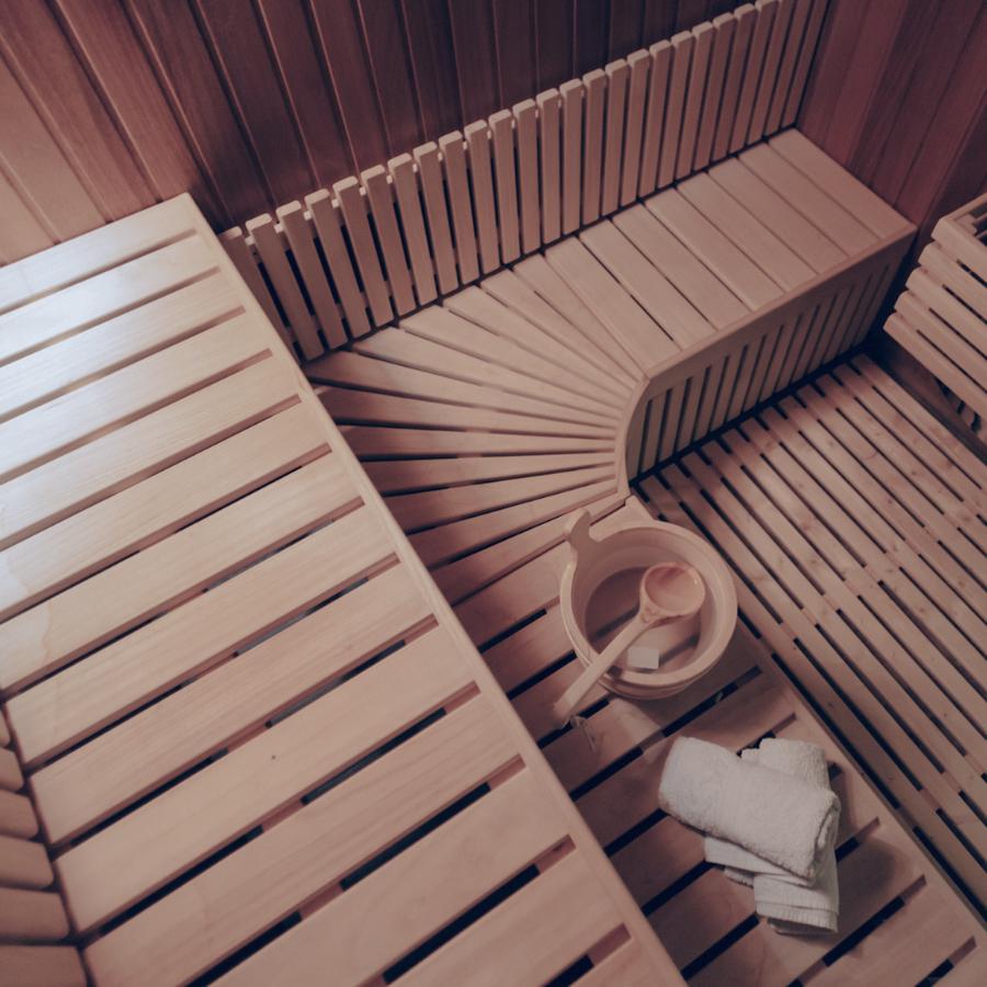 Drewniana sauna fińska ir w Verde Spa Massage & Beauty
